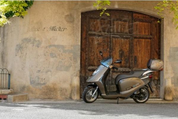 Foto Eccity Motocycles Artelec 670 L3e