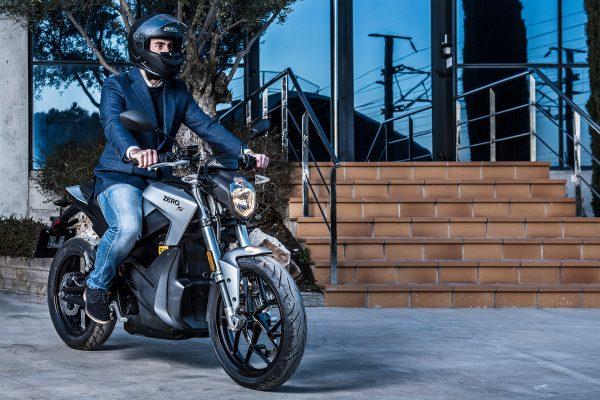 Cooltra, el renting de motos eléctricas más completo
