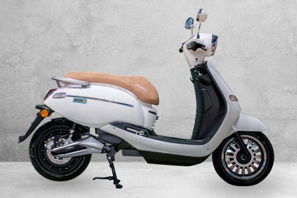 Ebroh presenta el scooter eléctrico más vintage, Ebroh Spuma Li 5K