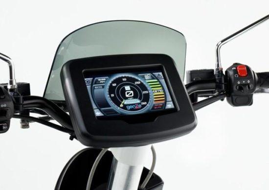 Mahindra-GenZe-pantalla