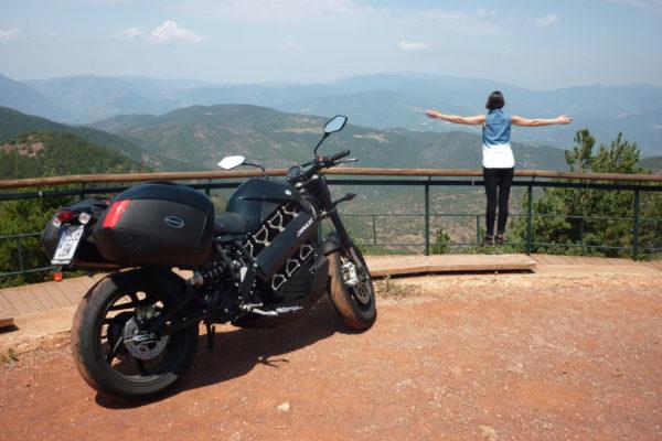Barcelona-Madrid-Barcelona en moto eléctrica