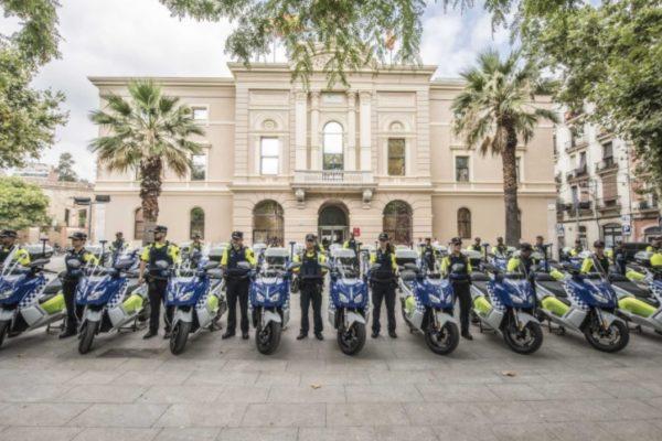 La Guardia Urbana de Barcelona recibe 30 unidades de la BMW C Evolution