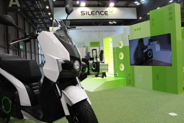 Silence presenta el S01, el nuevo scooter eléctrico y conectado